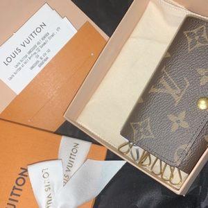 Louis Vuitton key pouch!